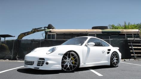 Porsche 997 Turbo on HRE P40S