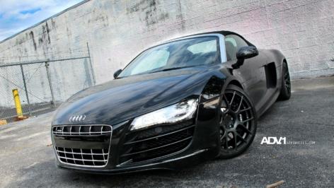 """Audi R8 on 19"""" ADV7 MV1"""