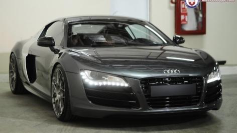 Audi R8 on HRE P40SC