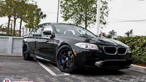 BMW F10 M5 on HRE S101