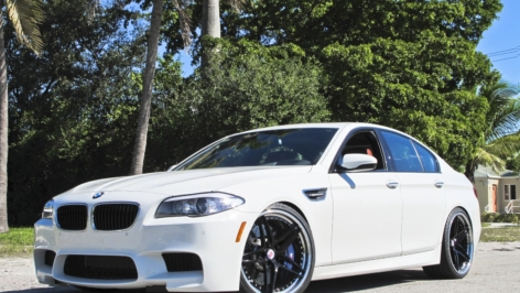 New BMW F10 M5 on HRE S107's