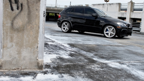 BMW X5M on ADV5 MV.2