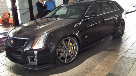 Cadillac CTS-V Wagon on ADV08 Wheels