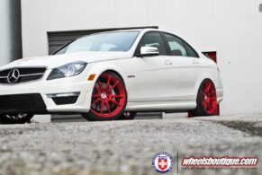 Mercedes-Benz C63 AMG on HRE P44SC