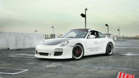 Porsche 997 GT3 on HRE CL90