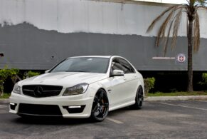 Mercedes C63 AMG on HRE P47SC