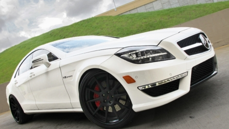ADV10 Double Black on CLS 63