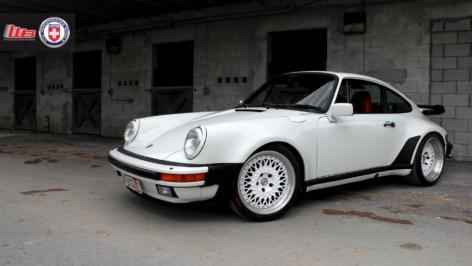 Porsche 930 Turbo on HRE Vintage Series 501