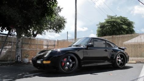 Porsche 993 Turbo on HRE 595R