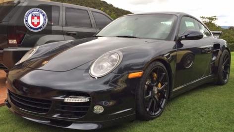 Porsche Turbo on HRE P101 Centerlock