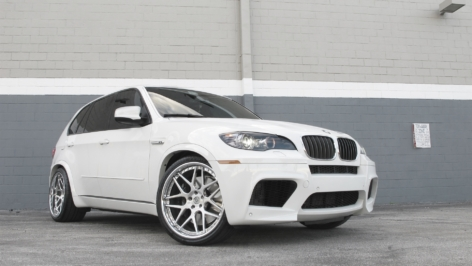 The WB BMW X5M on the new HRE 940RL