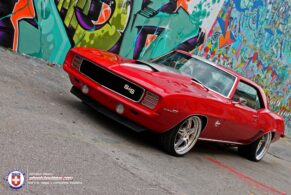 Red Devil Camaro on HRE 547's.
