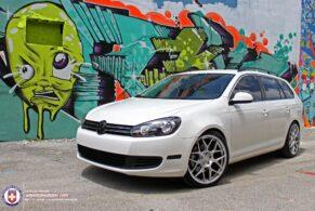 VW Jetta TDI on HRE FF01