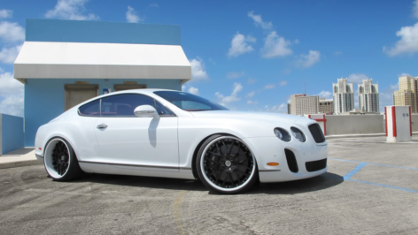 Bentley Continental Super Sport on HRE 940R