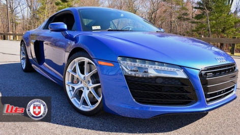 Audi R8 on HRE P101 – Brushed