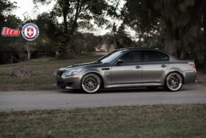BMW E60 M5 on HRE RS100