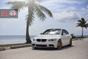 BMW E90 M3 on HRE P43SC