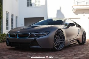 BMW i8 on ADVNL2 MV2 CS & M5 on ADV5.2 MV2 CS
