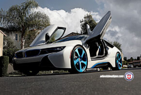 BMW i8 on HRE RS102M
