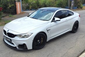 BMW M4 on HRE Classic 300
