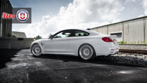 BMW M4 on HRE Conical 501