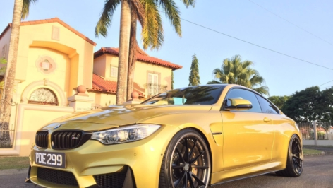BMW M4 on HRE S204
