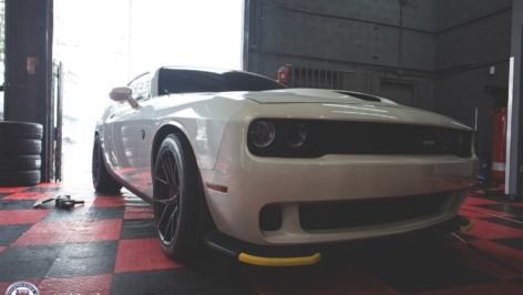 Dodge Challenger Hellcat SRT on HRE P101