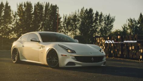 Ferrari FF on ADV05 S TS CS