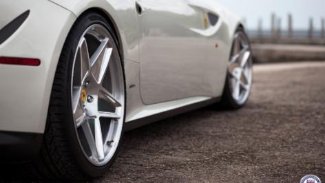 Ferrari FF on HRE Vintage 505M