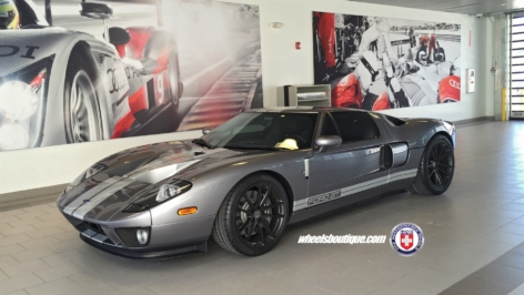 Ford GT on HRE P104