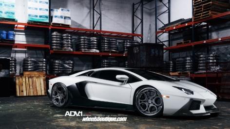 Lamborghini Aventador on ADV5C Track Spec CS