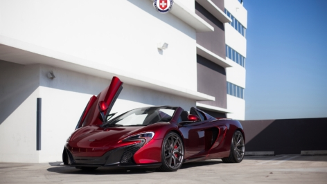 McLaren 650S Volcano Red on HRE P101