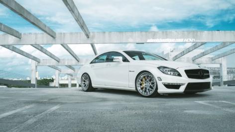 Mercedes Benz CLS63 S AMG on ADV10.0 TS CS