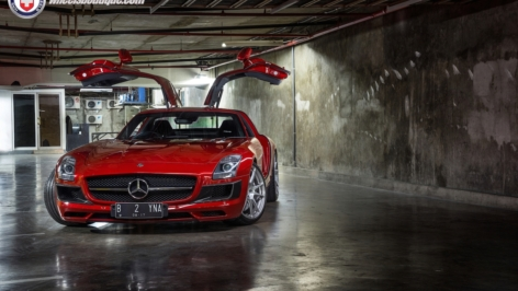 Mercedes SLS AMG on HRE P44SC
