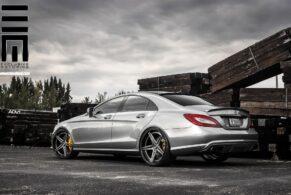 Mercedes CLS550 on ADV05 Track Spec SL