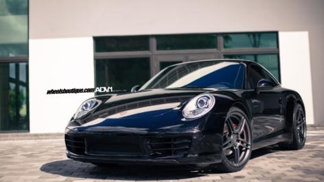 Porsche 991 Carrera on ADV05 MV1 CS