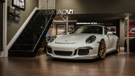 Porsche 991 GT3 on ADV005 MV1 CS