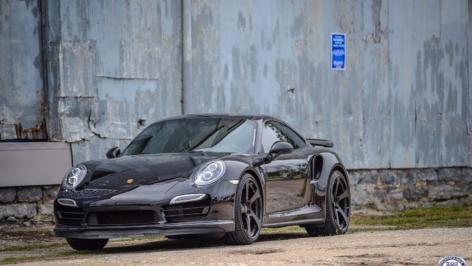 Porsche 991 Turbo on HRE RS102