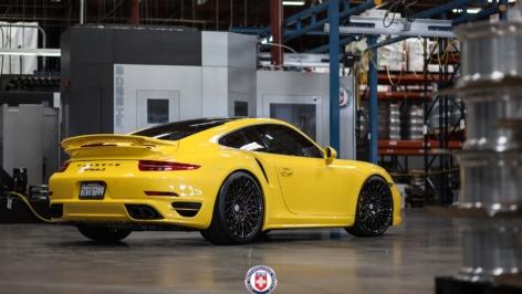Porsche 991 Turbo S on HRE 501M