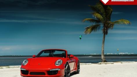 Porsche C4S on Vorsteiner V-FF 104