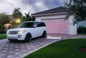 Range Rover HSE on ADV10R Deep Concave CS