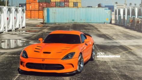 SRT Viper on ADV06|R Track Spec CS