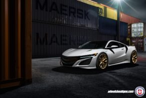 Acura NSX on HRE P201