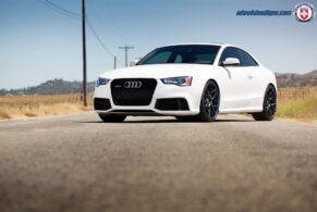 Audi RS5 on HRE FF01
