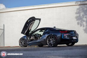 BMW i8 on HRE P101