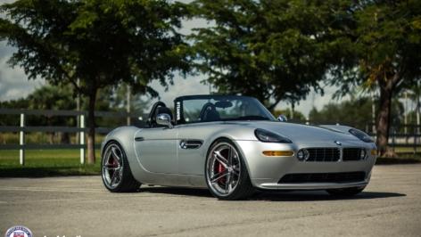 BMW Z8 on HRE S207