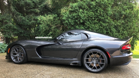 Dodge Viper GT on HRE R101LW