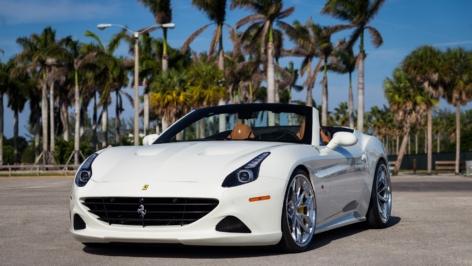 Ferrari California T on HRE S201 w/ Novitec Kit