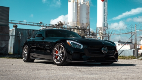 Mercedes AMG GTS on HRE P101