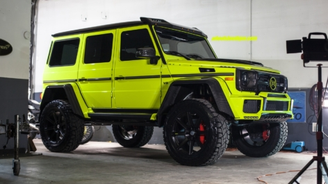 Mercedes Benz G550 4X4 Squared on HRE TR188